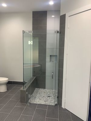 Frameless showers for Sale in West Palm Beach, FL