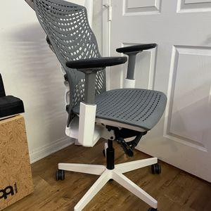 Autonomous Kinn Desk chair for Sale in Los Angeles, CA