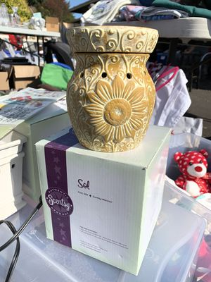 Scentsy: Sol full sized warmer for Sale in Oregon City, OR