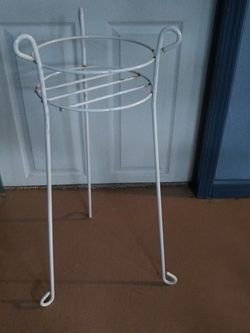 Plant Stand for Sale in Brook Park,  OH