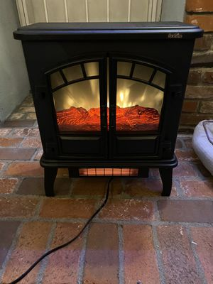 Decoration Fireplace heater no work for Sale in La Puente, CA