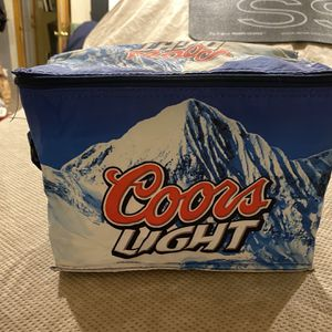 Coors Light Beer Mini Traveling Cooler for Sale in Copiague, NY
