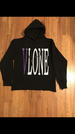 Vlone Classic Staple Hoodie Brand New-M for Sale in Brooklyn, NY