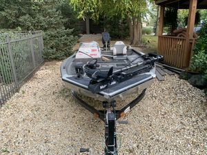 1996 SEA NYMPH Aluminum FISHING BOAT 40HP for Sale in Homer Glen, IL