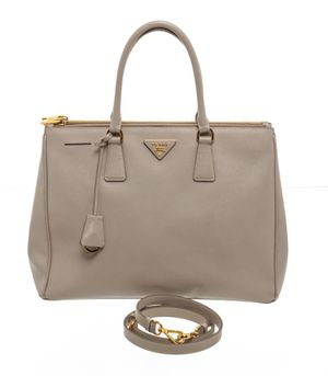 Prada Saffiano Lux bag for Sale in Bowie, MD