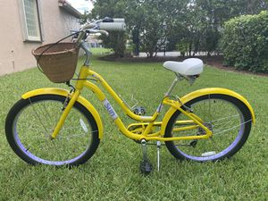 Sun Cruz Cruiser bicycle. 7 speed version. Perfect working condition and extras. for Sale in Boca Raton, FL