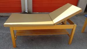 Treatment / exam table for Sale in Columbus, OH