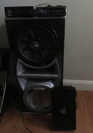 12s 1500 Memphis amp kenwood and alpine stereo for Sale in Wichita, KS
