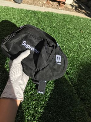 Supreme Waist Bag for Sale in Campbell, CA