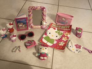 Hello kitty collectibles toys purses for Sale in Davie, FL