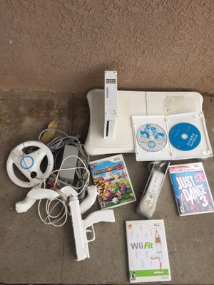 Wii. Video. Set. Everything works and included for Sale in Downey, CA
