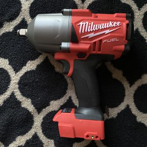 Milwaukee M18 FUEL 18-Volt Lithium-Ion Brushless Cordless 1/2 in. Impact Wrench with Friction Ring for Sale in Sunnyvale, CA
