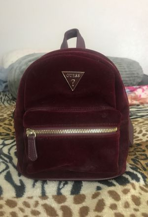 Guess mini backpack for Sale in Moreno Valley, CA