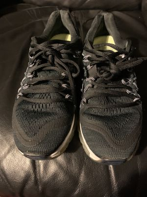 Nike Air Max 2015 Running Shoes Women Size 7 Athletic Shoes 698903-001 for Sale in Inglewood, CA