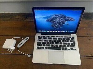 MacBook air 13 inch for Sale in Chicago, IL