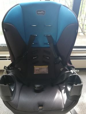 Evenflo car seat for Sale in Minneapolis, MN
