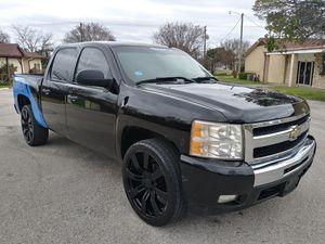 2011 Chevy Silverado with 120k miles for Sale in Arlington, TX