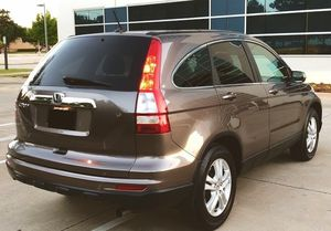 WELL MAINTAINED HONDA CRV 2010 BLUETOOTH WIERLESS LOW MILES for Sale in St. Louis, MO