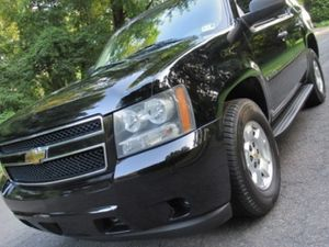 good condition Firm Prince $1800 2009 Chevrolet Tahoe for Sale in San Diego, CA