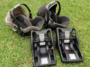 2 Available - Britax B-Sage Infant Car Seat + Base for Sale in Miami, FL