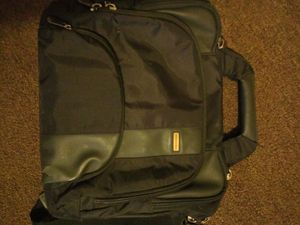 Laptop bag / case for Sale in Cleveland, OH