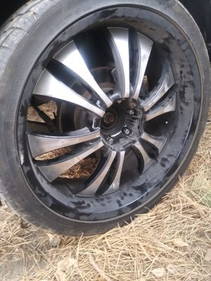 Selling 3 24inch rims with tires. 75 percent 550 for Sale in Seattle, WA