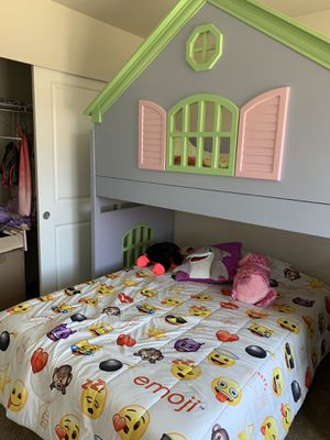 Girls bunk beds for Sale in Puyallup, WA