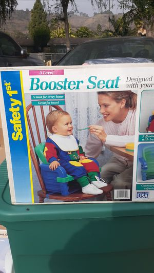 Safety 1st booster seat for Sale in Pomona, CA