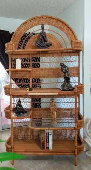 Wicker Shelf for Bedroom, Livingroom, Craftroom for Sale in Delray Beach, FL