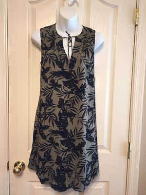 old navy 🌺dress size Small for Sale in Maricopa, AZ