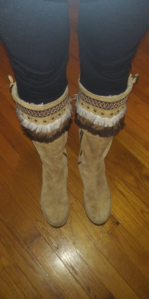 Rare Ugg Tall Keira Suede Boots With Fringe Top for Sale in Salisbury, MA