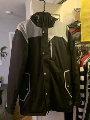 Under Amour Winter Coat size Medium for Sale in Silver Spring, MD