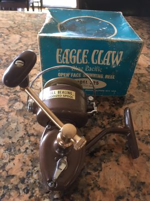 Vintage with box eagle claw reel for Sale in Moreno Valley, CA