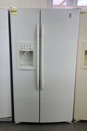 Comes with free 6 Months Warranty-like new white side by side refrigerator Ge profile for Sale in Warren, MI