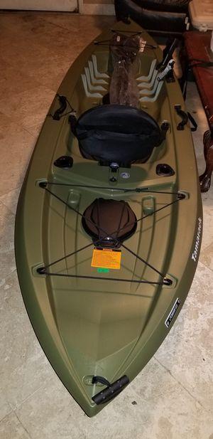 Lifetime Tamarack Fishing Kyack + Paddle for Sale in Phoenix, AZ