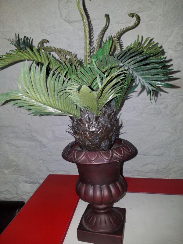 Faux mini palm