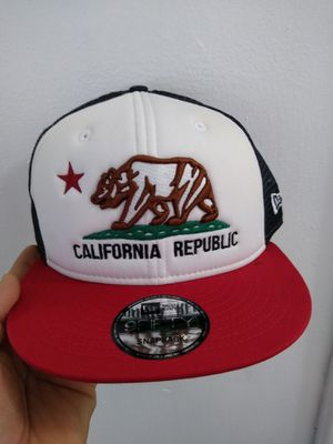 CALIFORNIA NEW ERA SNAPBACK HAT BRAND NEW for Sale in South Gate, CA