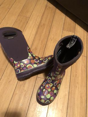 Kids BOGS Boots - Size 3 *Insulated snow/ rain boots for Sale in Bronx, NY