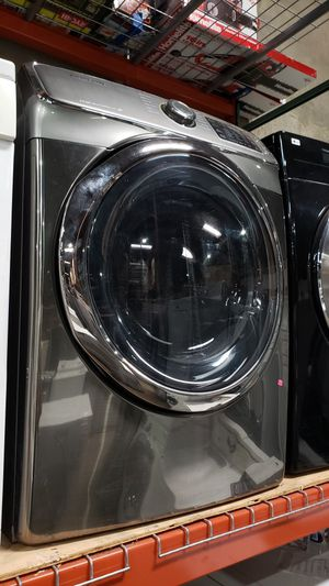 LIKE NEW ! SAMSUNG STEAM FRONT LOAD GAS DRYER for Sale in Beaumont, CA