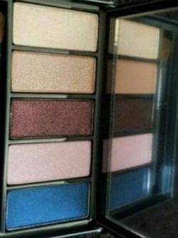 MAC 5 Eyeshadow Palette -New for Sale in Fairfield,  CA