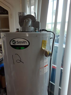 Water heater make an offer for Sale in Oakland, CA
