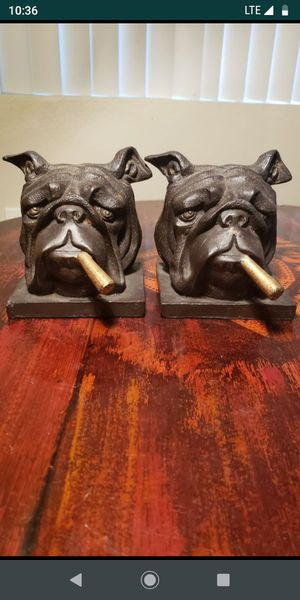 """English Bulldog Smoking Cigar Bookends Heavy Brass 5"""" Tall And 4"""" Wide for Sale in Riverside, CA"""
