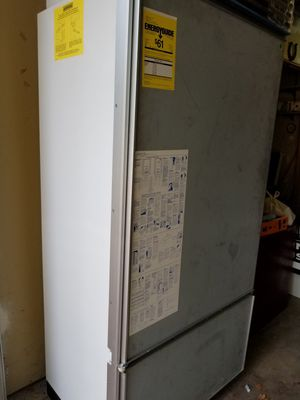 Sub Zero Panel Ready Built-in Refrigerator for Sale in Denver, CO