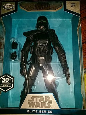Starwars élite series premium action figure Imperial Death Trooper for Sale in Miami, FL