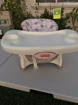 Baby feeding chair for Sale in Montebello, CA