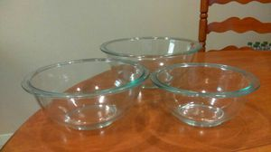 Pyrex glass bowls, set of 3 for Sale in Austin, TX