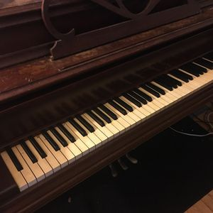 Free Piano for Sale in Manchester, CT