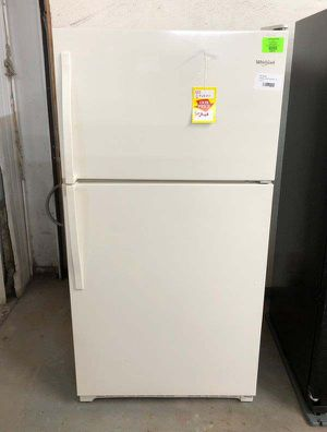 Whirlpool refrigerator BZSLJ for Sale in El Paso, TX