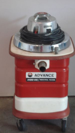 Advance Hydro-Vac (Wet/Dry Vacuum) for Sale in Columbia, MO
