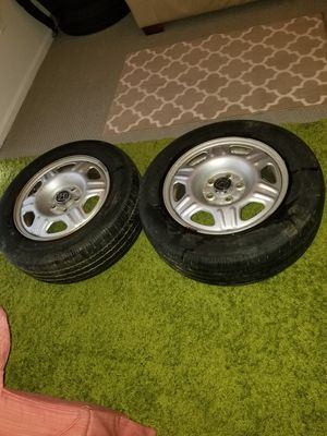 They are 5 holes. 215/65R16 These rims are for Honda CR-V are in perfect condition only interested please buy. for Sale in Manassas, VA